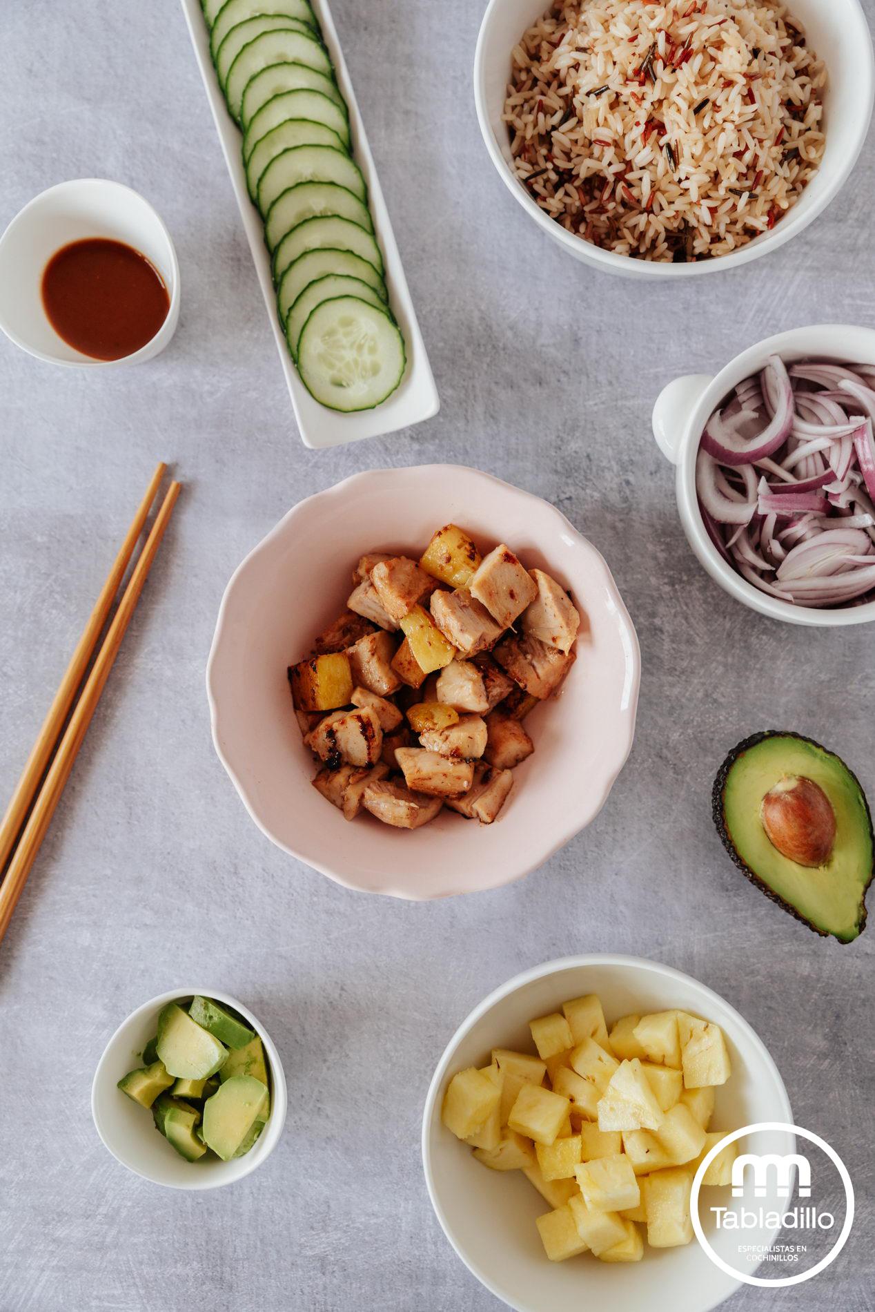 TABLADILLO_ oke bowl con cochinillo